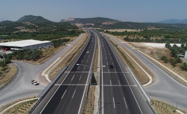 Gidiş-Dönüş 500 TL: İstanbul ile İzmir Arasını 3.5 Saate İndiren Otoyol Açıldı