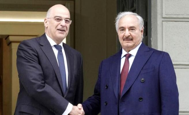 Hafter yanlılarıyla görüşmesine dair paylaşım yapan Yunan Bakan, Türkiye'yi kasıt aldı