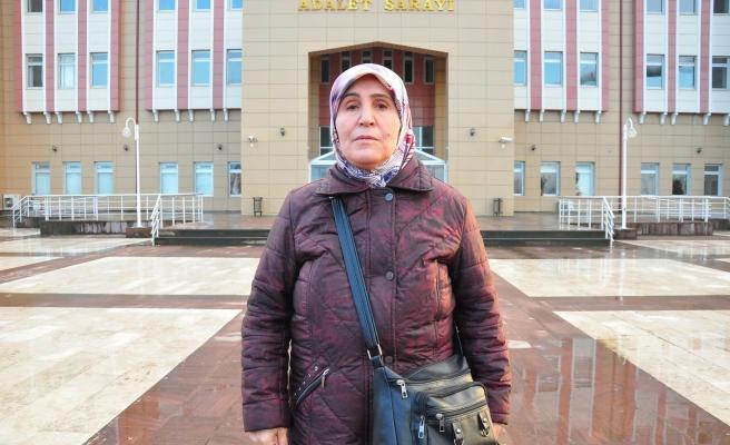 Hastanede Tanıştığı Kadına 7 Yılda 1 Milyon 400 Bin Lira Kaptırdı: 'Ne Zaman Borç İstese İnandım Verdim'