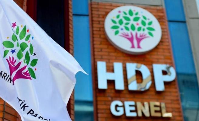 HDP İzmir İl Binasına Saldırı Düzenlendi