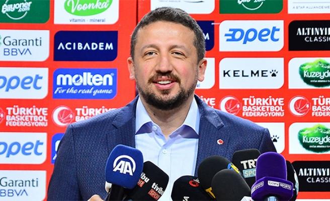 Hidayet Türkoğlu basketbolun 129. yaşını kutladı