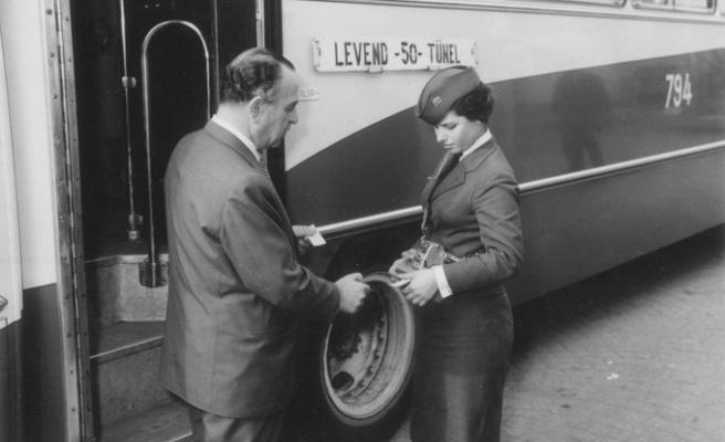 İBB İş İlanı Verdi: Kadın Otobüs Şoförleri Aranıyor