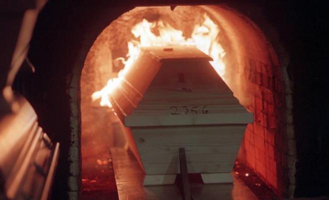 İBB Mezarlıklar Daire Başkanı: 'Yakılma Yönünde Talep Gelirse Karşılarız'