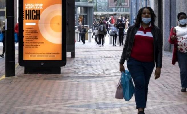 İngiltere'de koronavirüs önlemleri 'yüksek tehdit' seviyesine çıkarılıyor