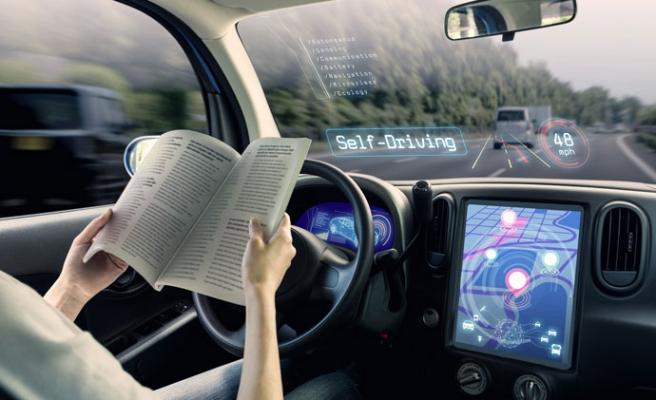 İngiltere Dünyaya Öncü Olacak: Sürücüsüz Araçların Kullanımı İçin Trafik Kanunu Değişiyor