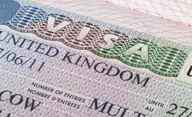 İngiltere Eğitim Bursu Kazanan Afgan Öğrencilere Vize Vermeyeceğini Açıkladı
