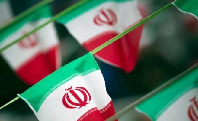 İran'da Avustralya ve İngiltere vatandaşı 3 kişi tutuklandı