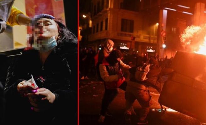 İspanya'da Rap sanatçısı Hasel'e destek için düzenlenen gösterilere polis müdahale etti