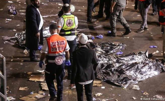 İsrail'de Lag BaOmar Kutlamasında İzdiham: 44 Kişi Öldü