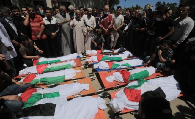 İsrail'in Gazze'ye düzenlediği saldırıda aynı aileden 10 kişi hayatını kaybetti