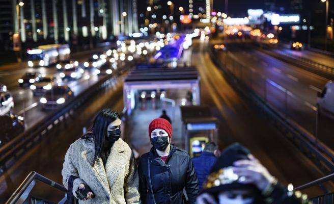 İstanbul, İzmir, Ankara ve Bursa... Bakan Koca, Vakalardaki Düşüş Oranını Açıkladı