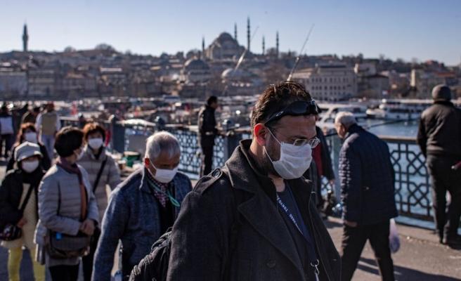 İstanbul Üniversitesi Tıp Fakültesi Dekanı: 'Salgın Yeniden Başladı, Testlerin Yüzde 15'i Pozitif'