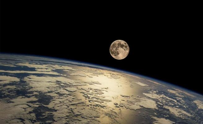 Japon ve İsrailli Firmalar Ay Toprağından Oksijen Üretecek