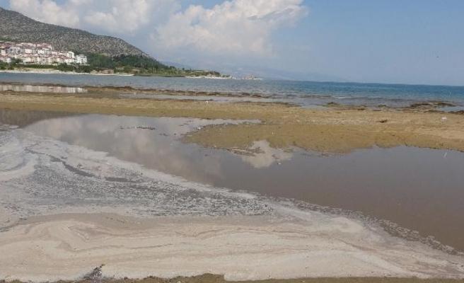 Kanalizasyon suyu karıştığı iddia edilen Eğirdir Gölü'nden numune alınacak
