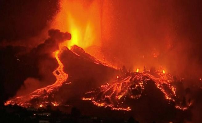 Kanarya Adaları'ndaki yanardağ patlamasında lavlar evlere ulaştı 5 bin kişi bölgeden tahliye ediliyor