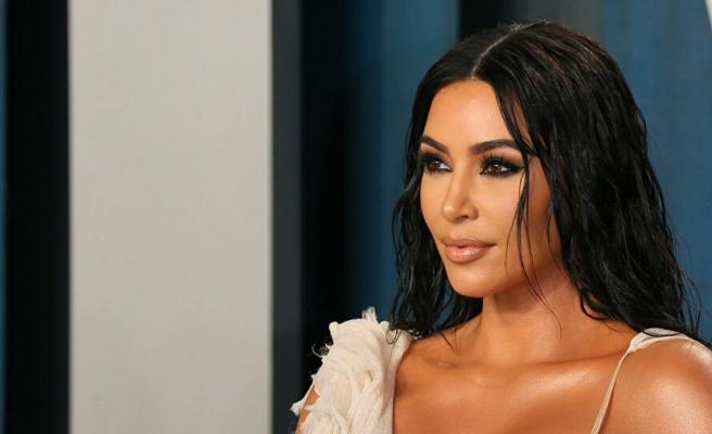 Kim Kardashian telefon oyunu çıkardı: Hedefte, Meghan ve Harry var