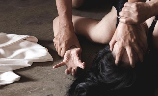 Kıza AVM'de tecavüz edip, videoya çektiler! Annesini davadan vazgeçirmek için çirkin teklif sundular