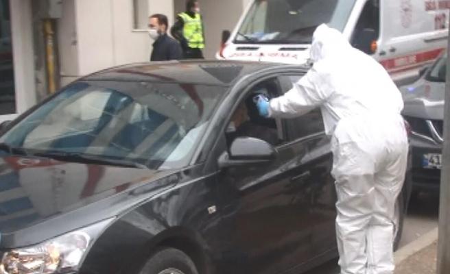 Komşuları İhbar Etti: Karantinadan Kaçan Adam Polis Tarafından Yakalandı