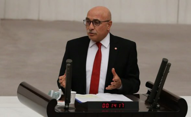 Kongreye Katılan AKP'li Vekil İsmail Tamer Koronavirüse Yakalandı