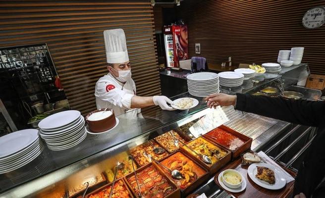Koronavirüs Canlı Blog: Lokanta ve Restoranlara Kısıtlama: Sadece Paket Servis Yapılacak