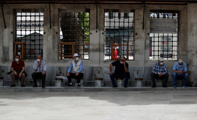 Koronavirüste Sonbahar Alarmı: Vakaların Ankara'da Azalması, İstanbul'da Artması Bekleniyor