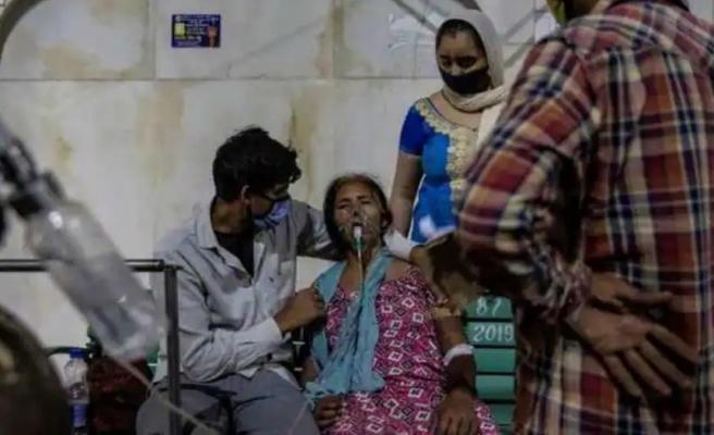 Koronaya teslim olan ülkede doktordan acı itiraf: Ölüm döşeğindeki hastalar oksijen veremediğimizi biliyordu
