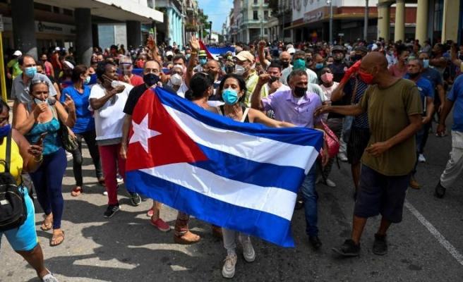 Küba Protestoları: İlaç ve Gıdadaki Gümrük Vergisi Geçici Olarak Kaldırıldı