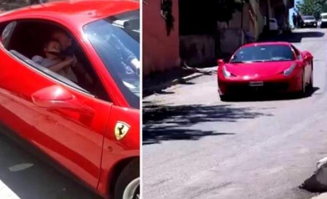 Küçükken İçinde Ukde Kaldığı İçin Sahip Olduğu Ferrari ile Çocukları Gezdirip Mutlu Eden Adam