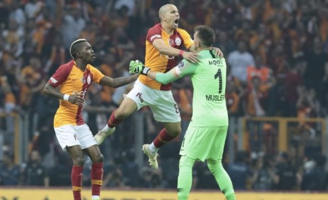 Kulüpler Birliği'nden Galatasaray'a tebrik