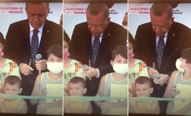 Kurdeleyi Erken Kesen Çocuğa Cumhurbaşkanı Erdoğan'ın Tepkisi