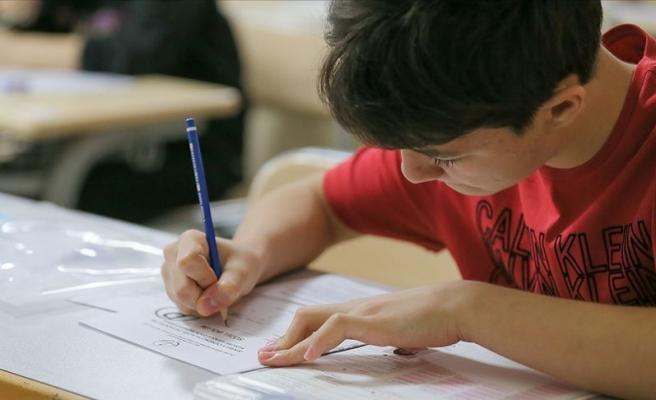 LGS Genelgesi: Öğrenciler ve Veliler Kısıtlamadan Muaf