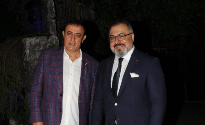 Mahmut Tuncer yakın arkadaşı Abdurrahman Delen'in oğlunun nikah şahidi oldu