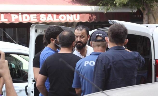 MasterChef Murat'tan Yeni Skandal: Kameralar Önünde Polislere Rüşvet Teklif Edip, Gözaltına Alındı