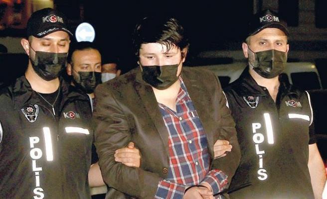 Mehmet Aydın, Rakip İnternet Sitesini Kuran Eski Çalışanını Kaçırıp Sorgulamış