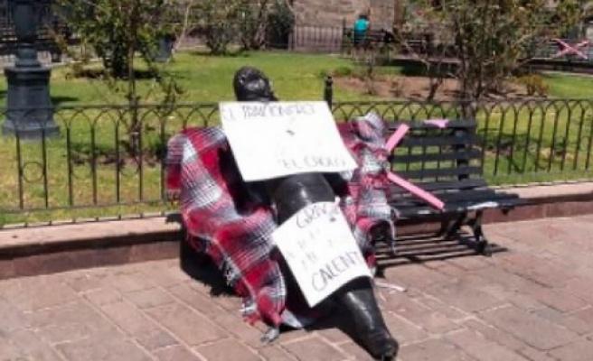 Meksikalı Kartel Liderinin Cesedi Şehir Meydanındaki Parkta Poşete Sarılı Halde Bulundu