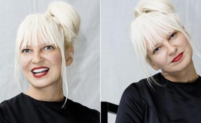Meşhur şarkıcı Sia, babaanne oldu