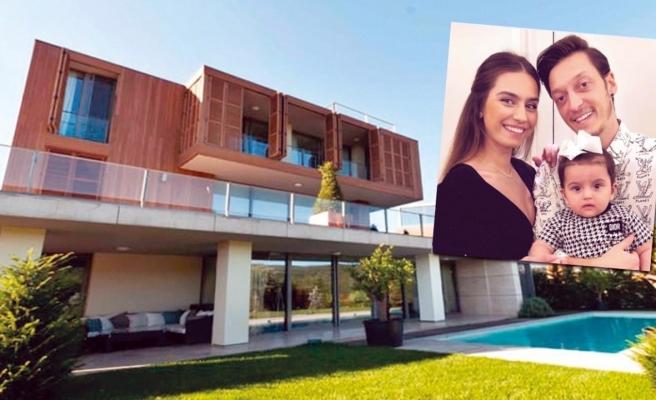 Mesut Özil-Amine Gülşe çifti şöhret isimlere komşu oldu