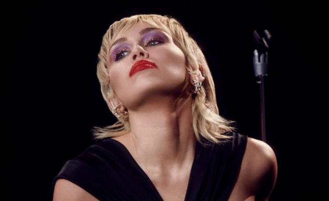 Miley Cyrus: Beynim çalışmıyor