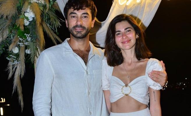 Nesrin Cavadzade ve Gökhan Alkan'dan mutluluk pozu