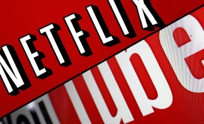 Netflix ve YouTube'dan Karantinadakilere Kötü Haber: Avrupa'daki Akış Kalitesi Yavaşlatılacak