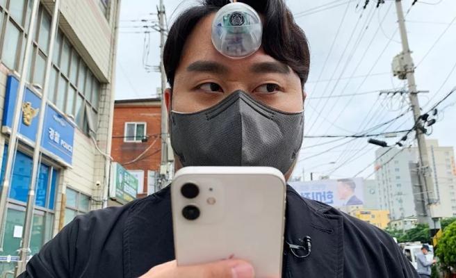 Ortalıkta Cyclop Gibi Gezeceğiz... Telefon Bağımlıları İçin 'Üçüncü Göz' Tasarlandı
