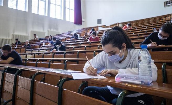 ÖSYM'nin İki Yıllık Sınav Geliri: 1.4 Milyar TL