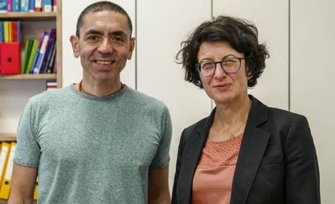 Özlem Türeci ve Uğur Şahin'e 'Yıldızlı Büyük Liyakat Nişanı' Verilecek
