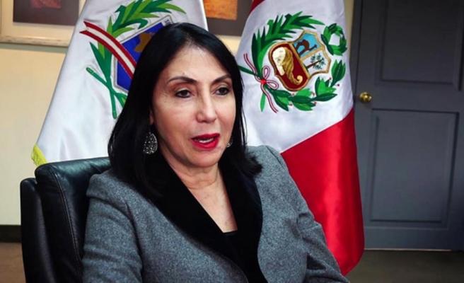 Peru'da sırası gelmeden aşı yaptıran Dışişleri Bakanı Elizabeth Astete istifa etti