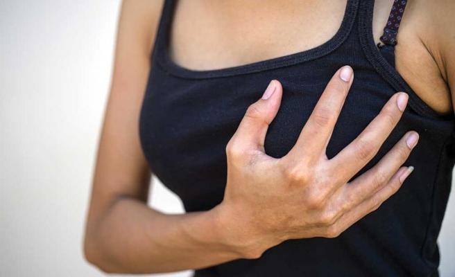 Pfizer aşısı yaptıran kadınlardan göğüs büyüme şikayeti