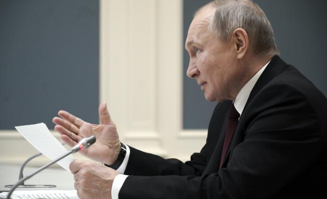 Putin, Biden'ı Canlı Yayında Tartışmaya Davet Etti