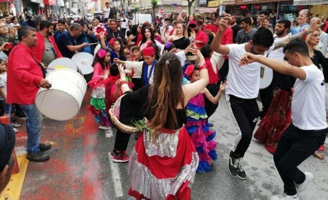 Resmi Gazete'de Yayımlandı: 8 Nisan 'Romanlar Günü' Olarak Kutlanacak