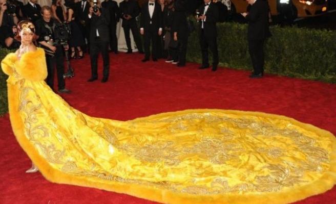 Rihanna'dan yıllar sonra gelen itiraf: Kendimi palyaço gibi hissettim