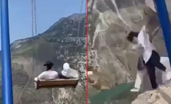 Rusya'da iki kadın uçurumun kenarındaki salıncaktan düştü! O anlar kamerada