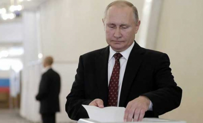 Rusya'da yerel seçimin galibi Putin oldu
